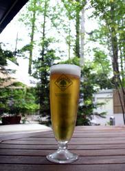 靫公園横のカフェバー「178's(イナバーズ)」で飲んだビール